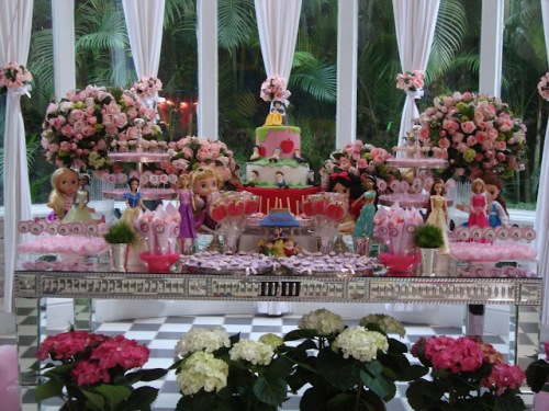 A mesa do parabéns