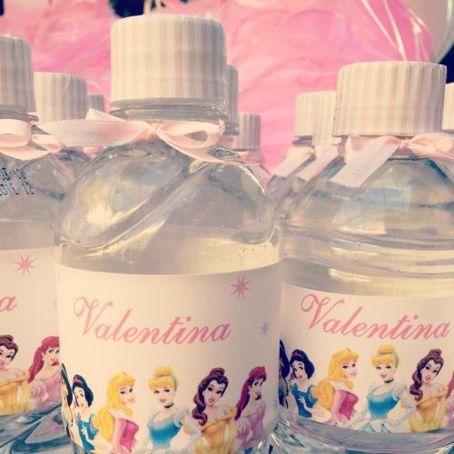 Garrafinhas d'água personalizadas
