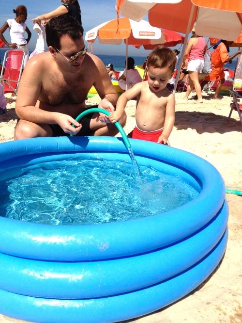 Enchendo a piscina 2